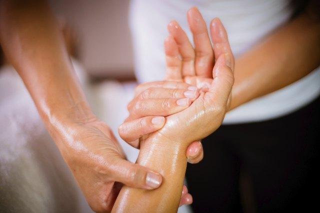 Benefits of Using A Hand Massager